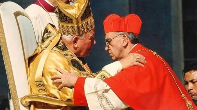 BergoglioJuanPabloII_220216